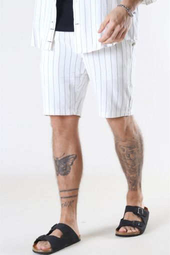 Giles Big Stripe Shorts Off White